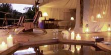 Lodges v Tented Camps