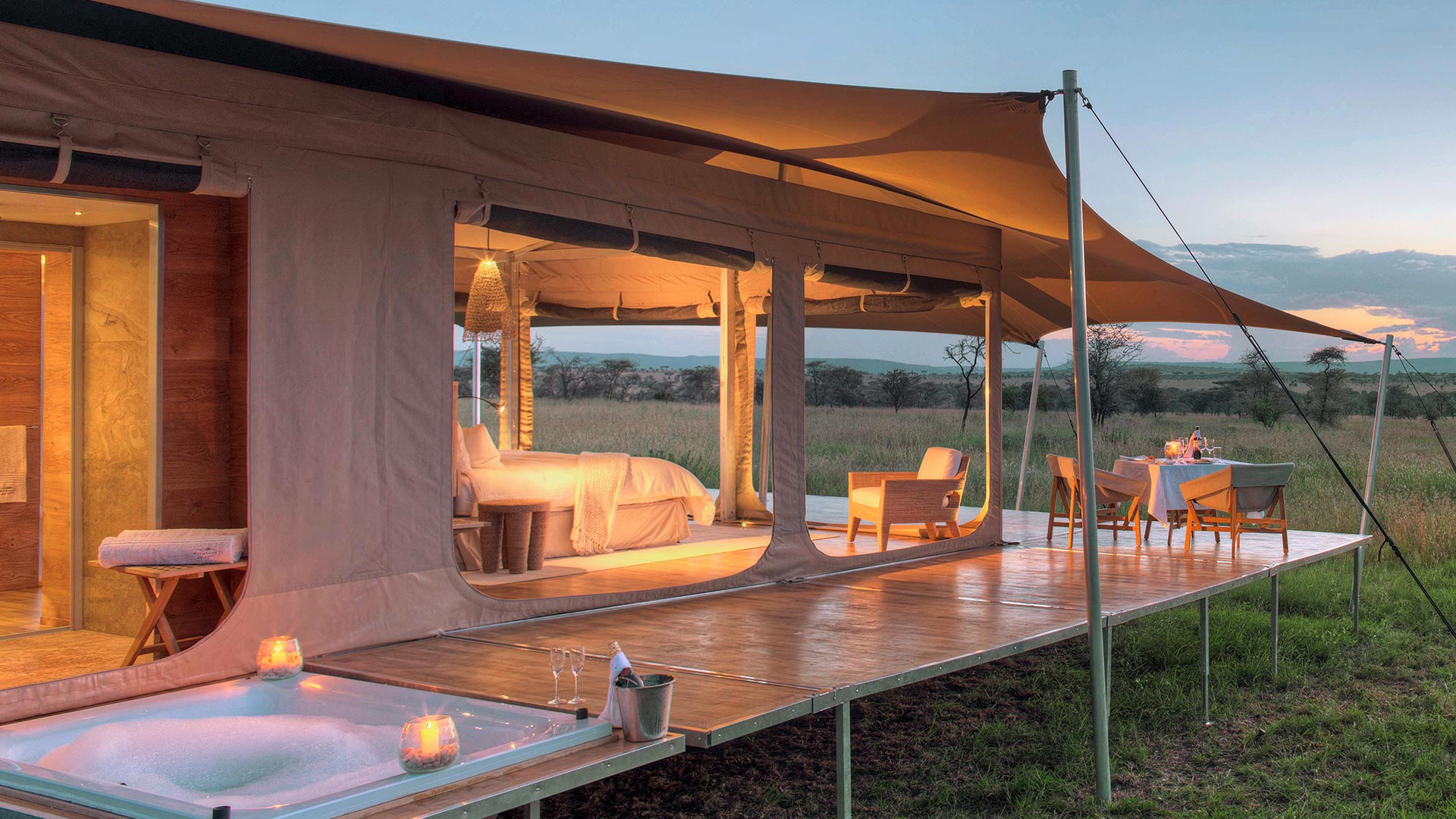 Roving Bushtops Luxury tent