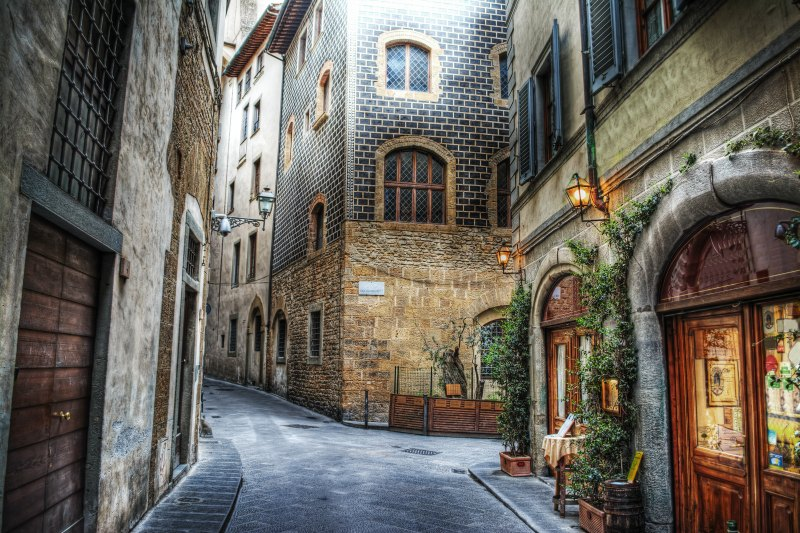 Florence alleyway