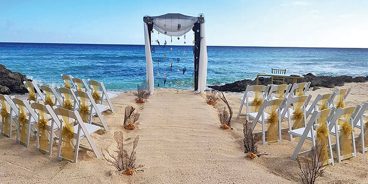 Beach wedding at Ocean Two Resort by Ocean Hotels