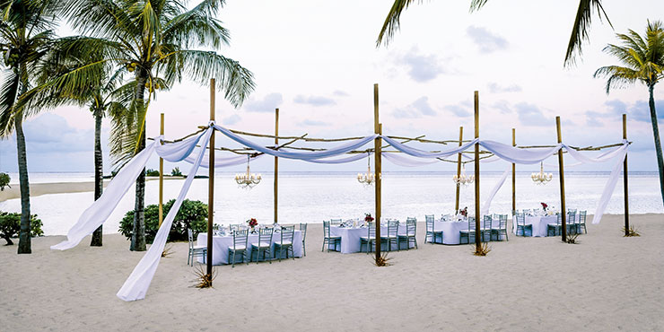 Beach Wedding at Shangri-La's Le Touessrok Resort & Spa