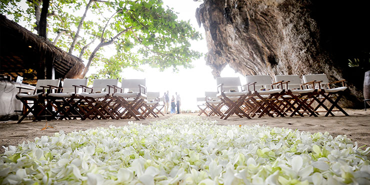 Beach wedding at Rayavadee
